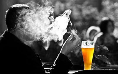 ALKOHOL UND TABAK: SCHON JUGENDSÜNDEN HINTERLASSEN SCHÄDLICHE SPUREN