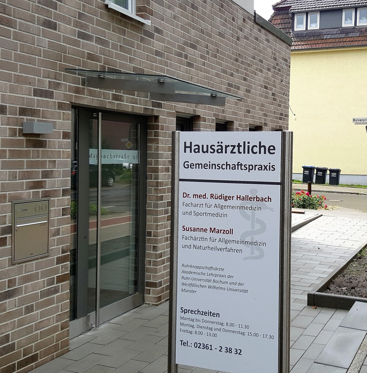Praxis_Hallerbach_03